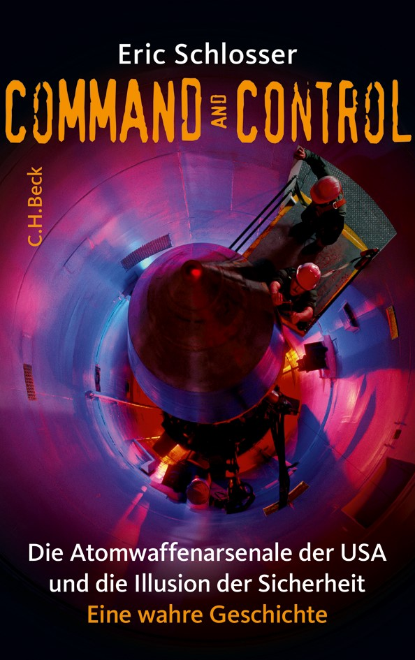 Cover des Buches 'Command and Control'