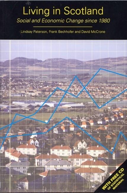 Abbildung von Paterson / Bechhofer / McCrone   Living in Scotland   2004