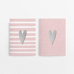 Abbildung von Wirth | 2er Set Notizheft DIN A5 (blanko) in rosa mit 2 verschiedenen Herz-Motiven und jeweils 40 Seiten in weiß mit 120 g Papier. Vorderseite mit hochwertiger Silberfolien-Veredelung. | 2019
