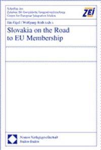 Abbildung von Figel / Roth | Slovakia on the Road to EU Membership | 2002